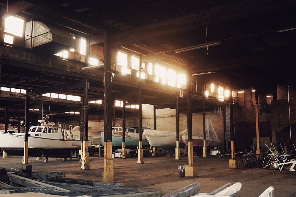 warehouse-691922_960_720